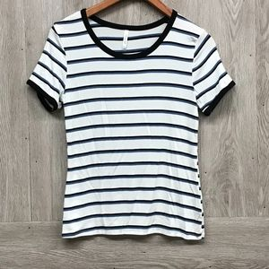 Round Neck Banded Striped Short Sleeve T-shirt A5